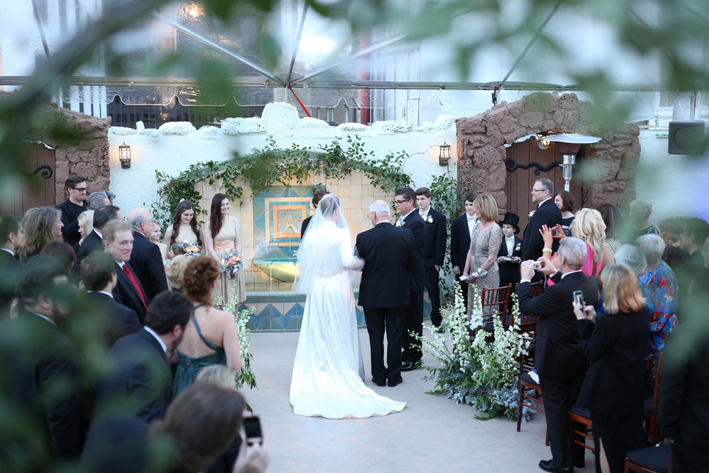 winter-wedding-4-of-the-flowers.JPG