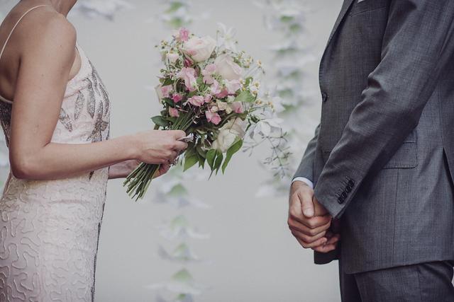 romantic-wedding-5-of-the-flowers.jpg