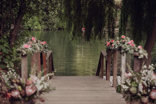 romantic-wedding-11-of-the-flowers.jpg