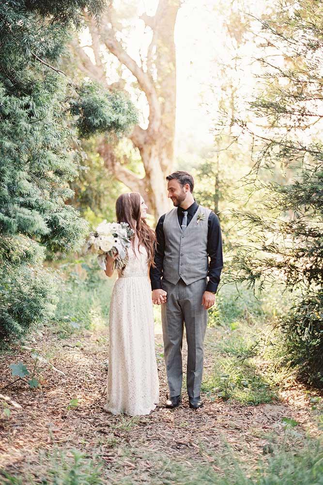 outdoor-wedding-13-of-the-flowers.jpg