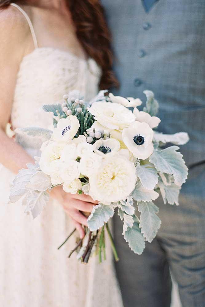outdoor-wedding-15-of-the-flowers.jpg