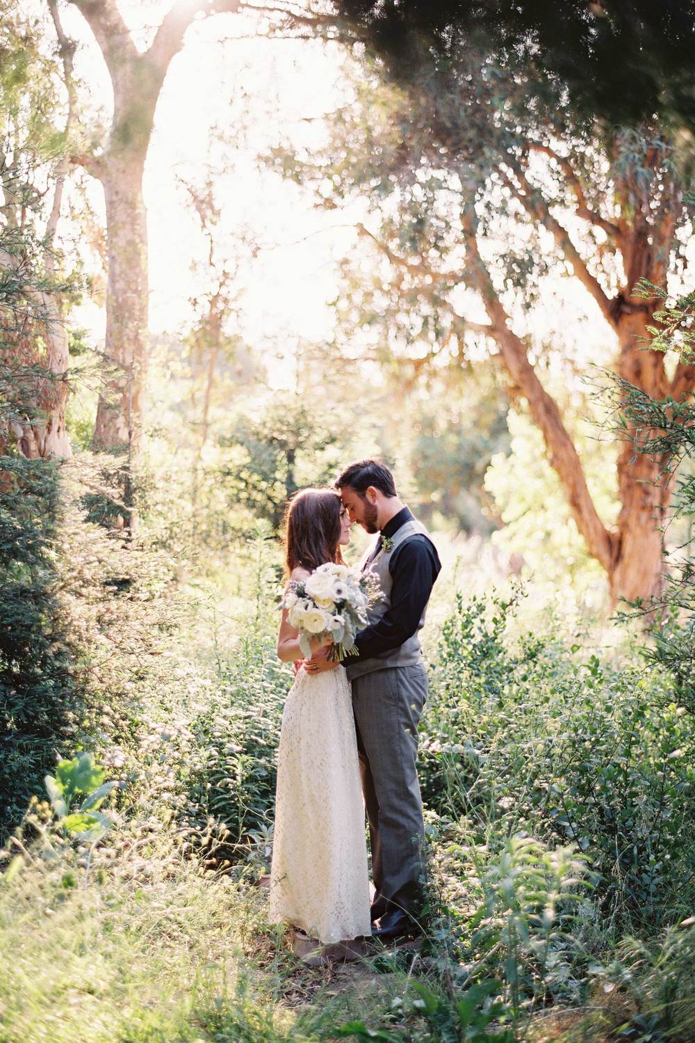 outdoor-wedding-14-of-the-flowers.jpg