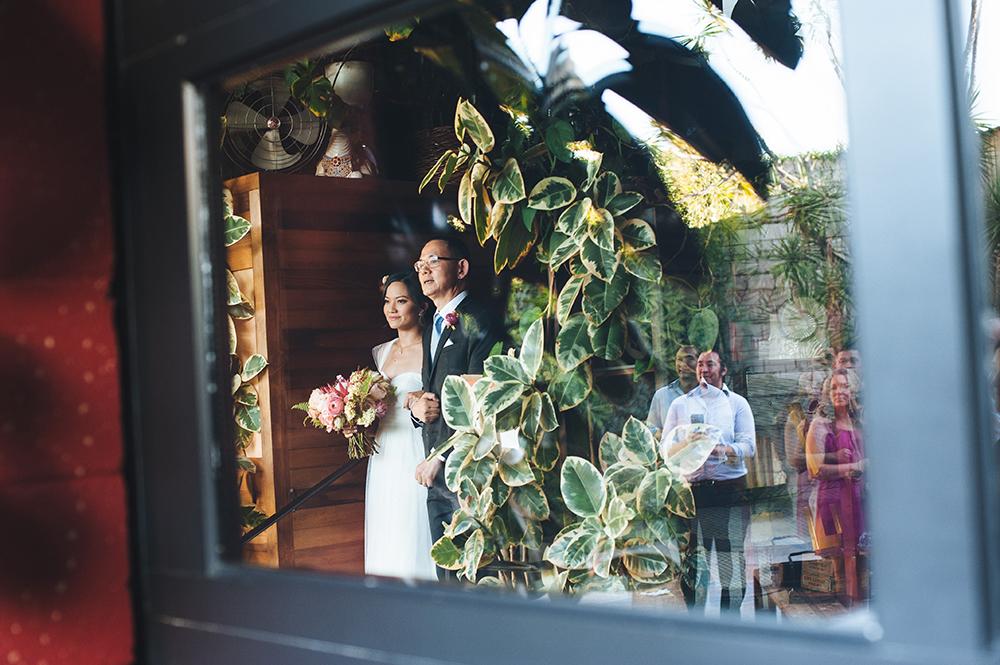 whimiscal-modern-wedding-of-the-flowers-8.jpg