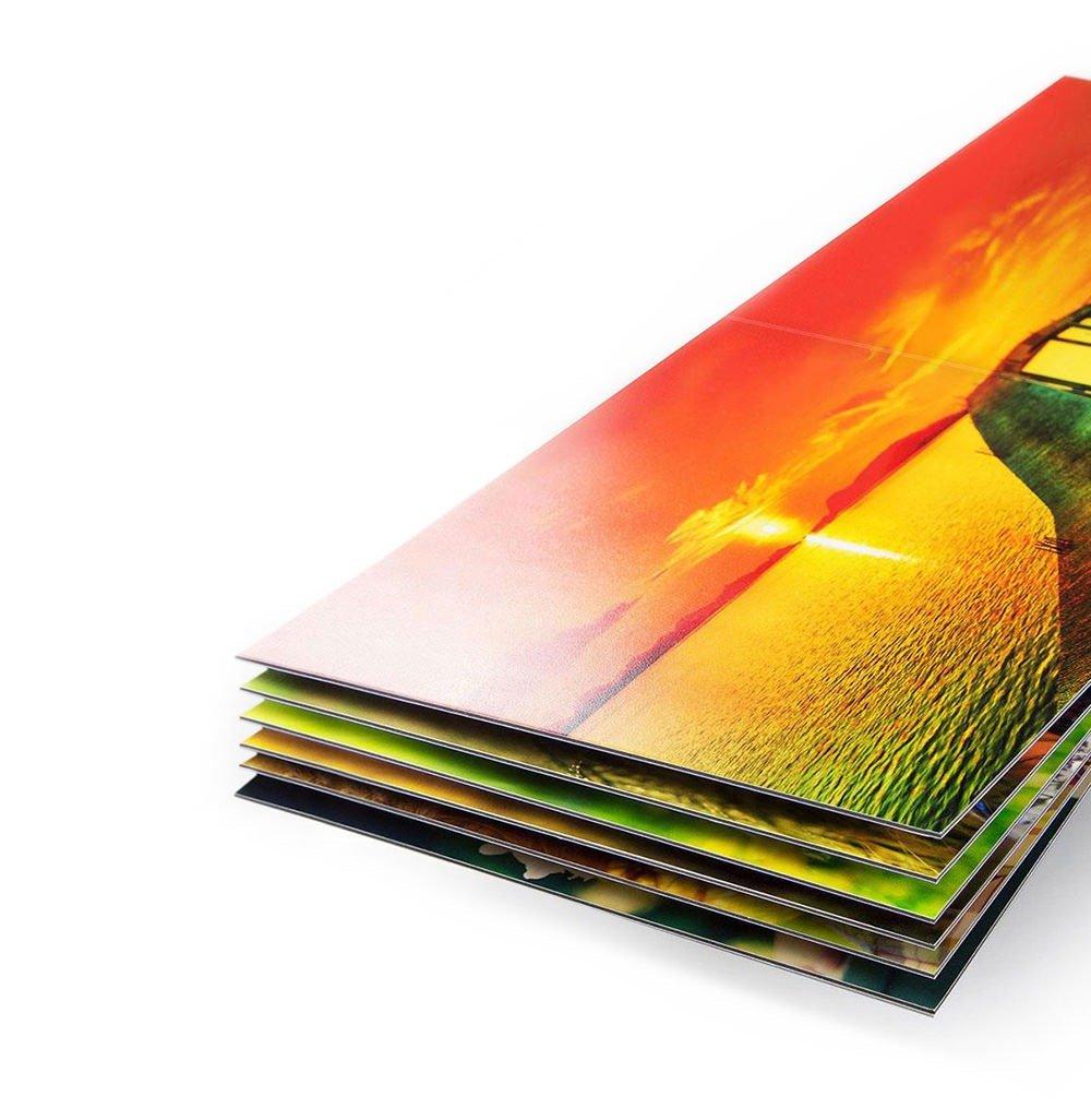 PHOTO SHEEN |  Printed with real silver halide photo paper, and comes with a beautiful Lustre finish.