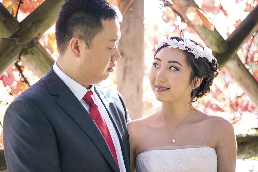 Wedding Photography Adelaide Japanese Himeji Gardens - autumn vines