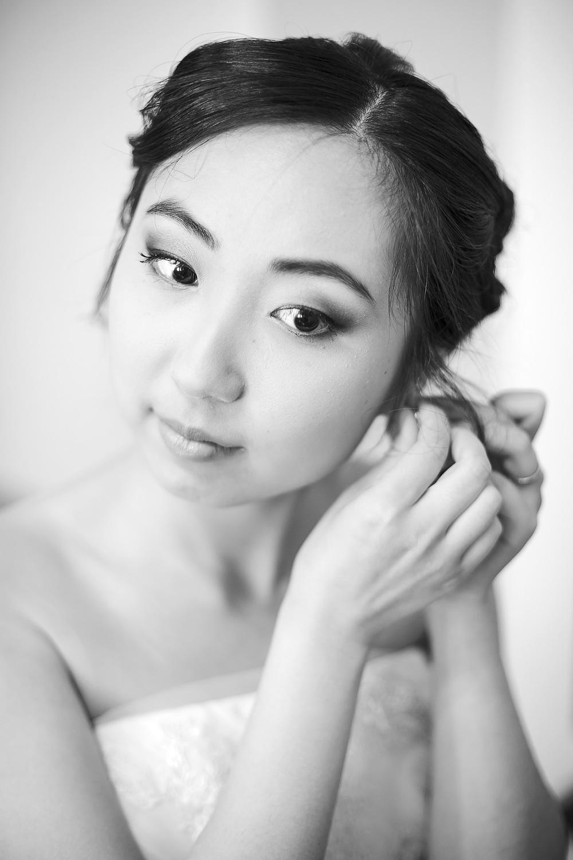 Black and White Bridal Preparation photo 3