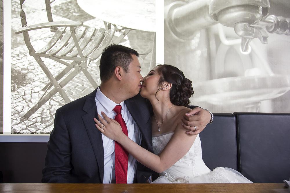 Adelaide City Cafe Wedding Portraits