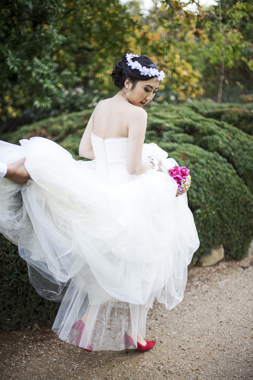 Wedding Photography Adelaide Japanese Himeji Gardens bride walking