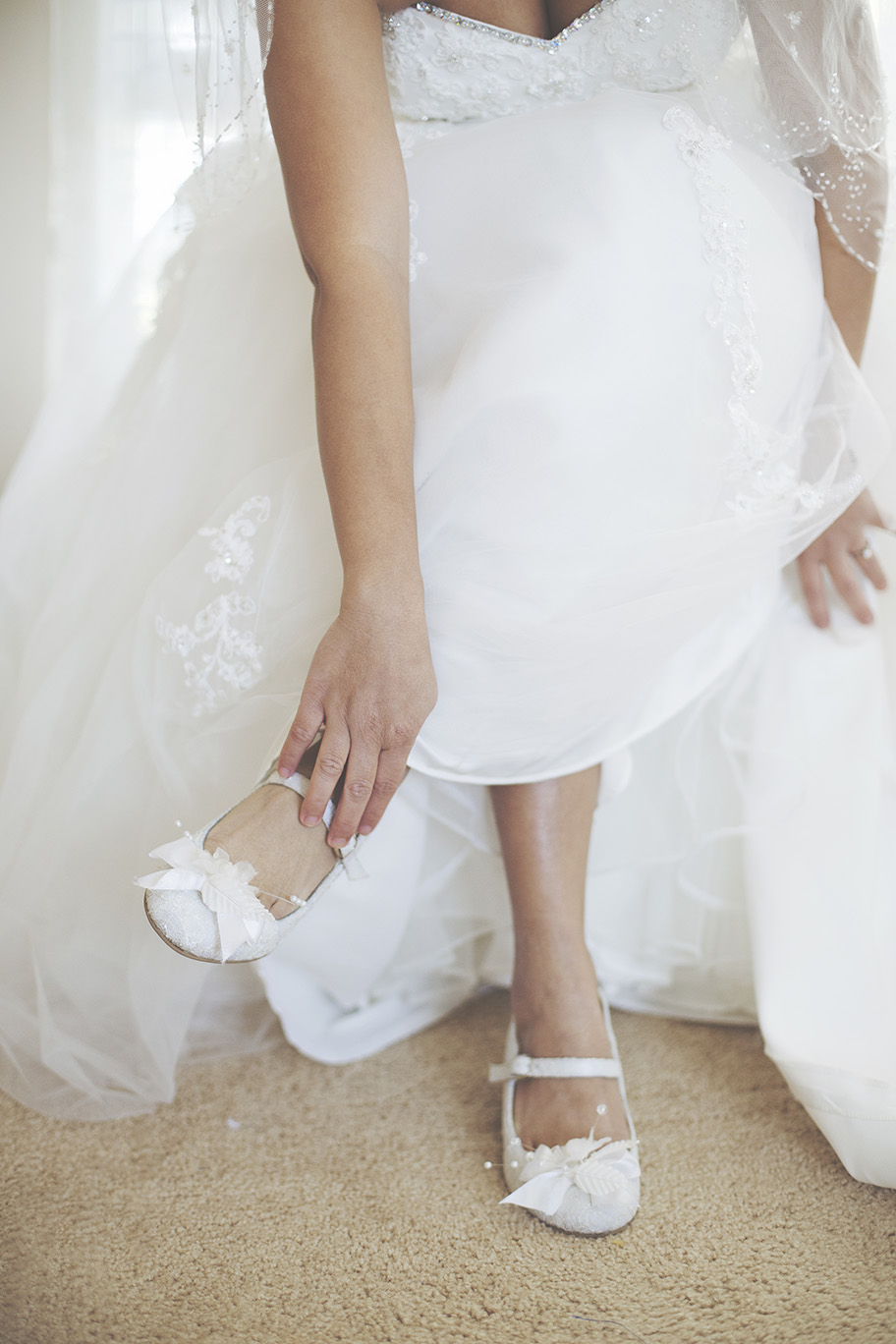 Bride Preparation Wedding Photo 011