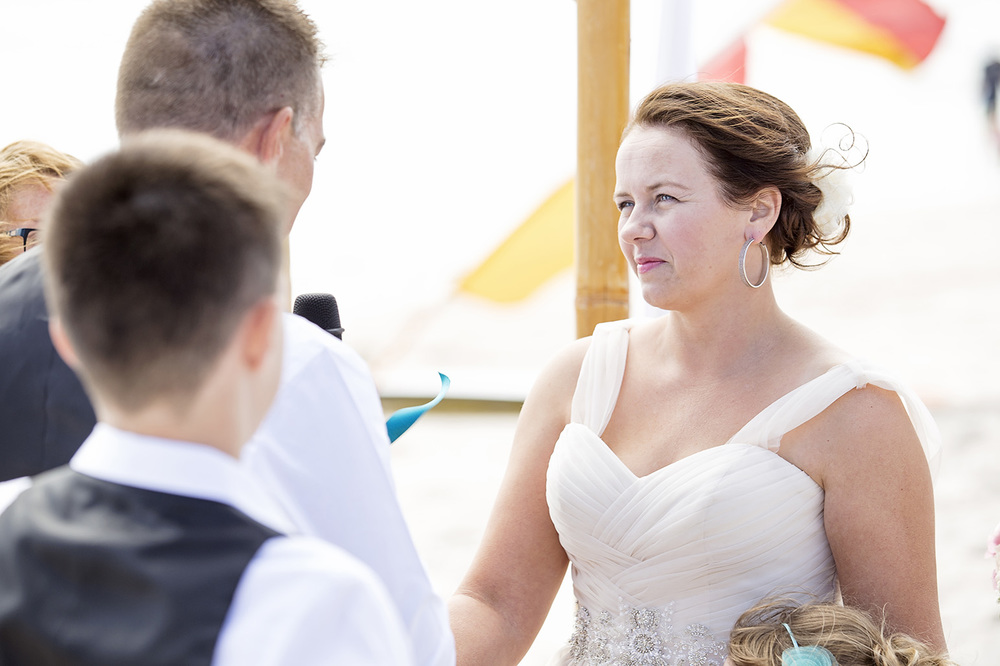 Adelaide Beach Wedding 013.jpg