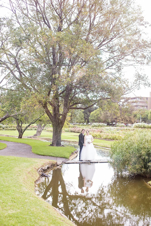 Dreamy Adelaide Veal Gardens Wedding Photo 05.jpg
