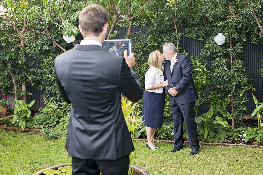 Stunning Adelaide Botanic Gardens Wedding 06.jpg