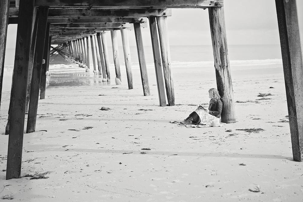 Free Spirited Natural Portrait Photography on the Beach 04 black & white.jpg