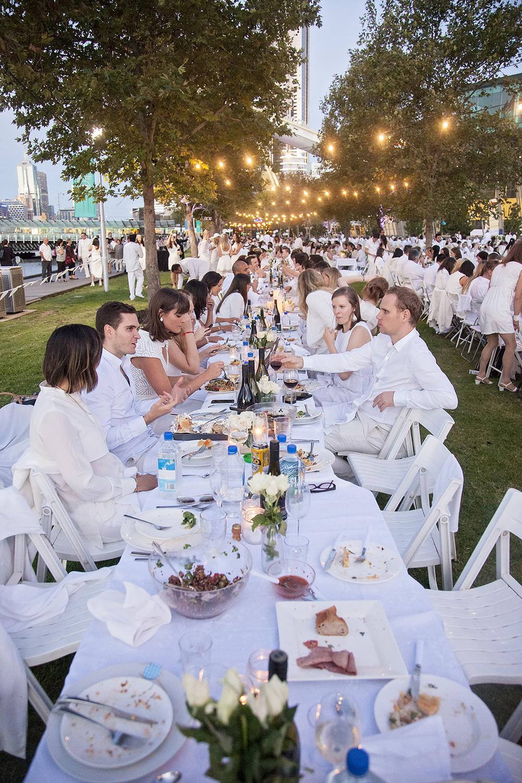 Diner En Blanc - Melbourne Thirtieth Photography 039.jpg