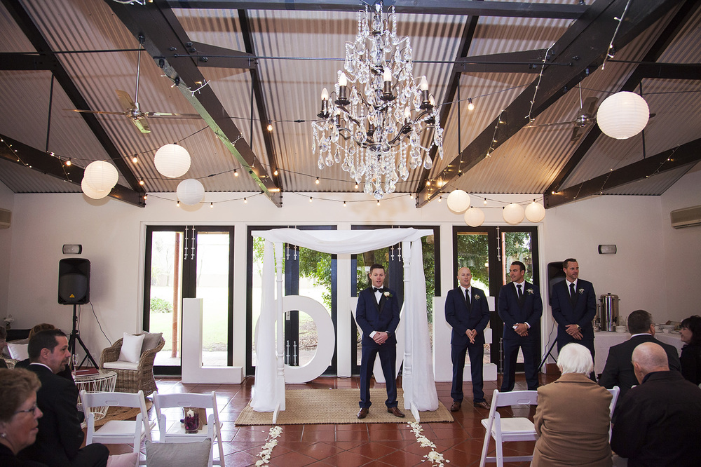 Winter Wedding Sunnybrae 19.jpg