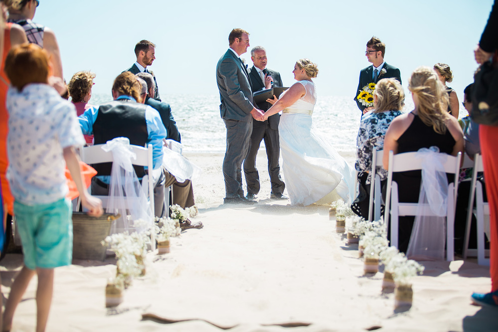 Beautifully Windy Seacliff Beach Wedding 27.jpg