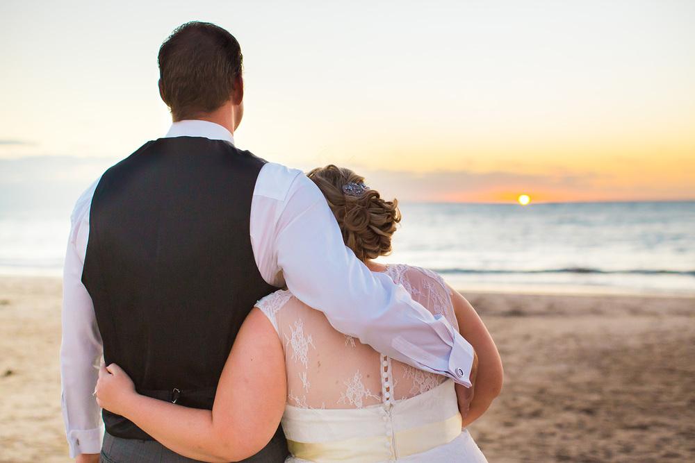 Beautifully Windy Seacliff Beach Wedding 50.jpg