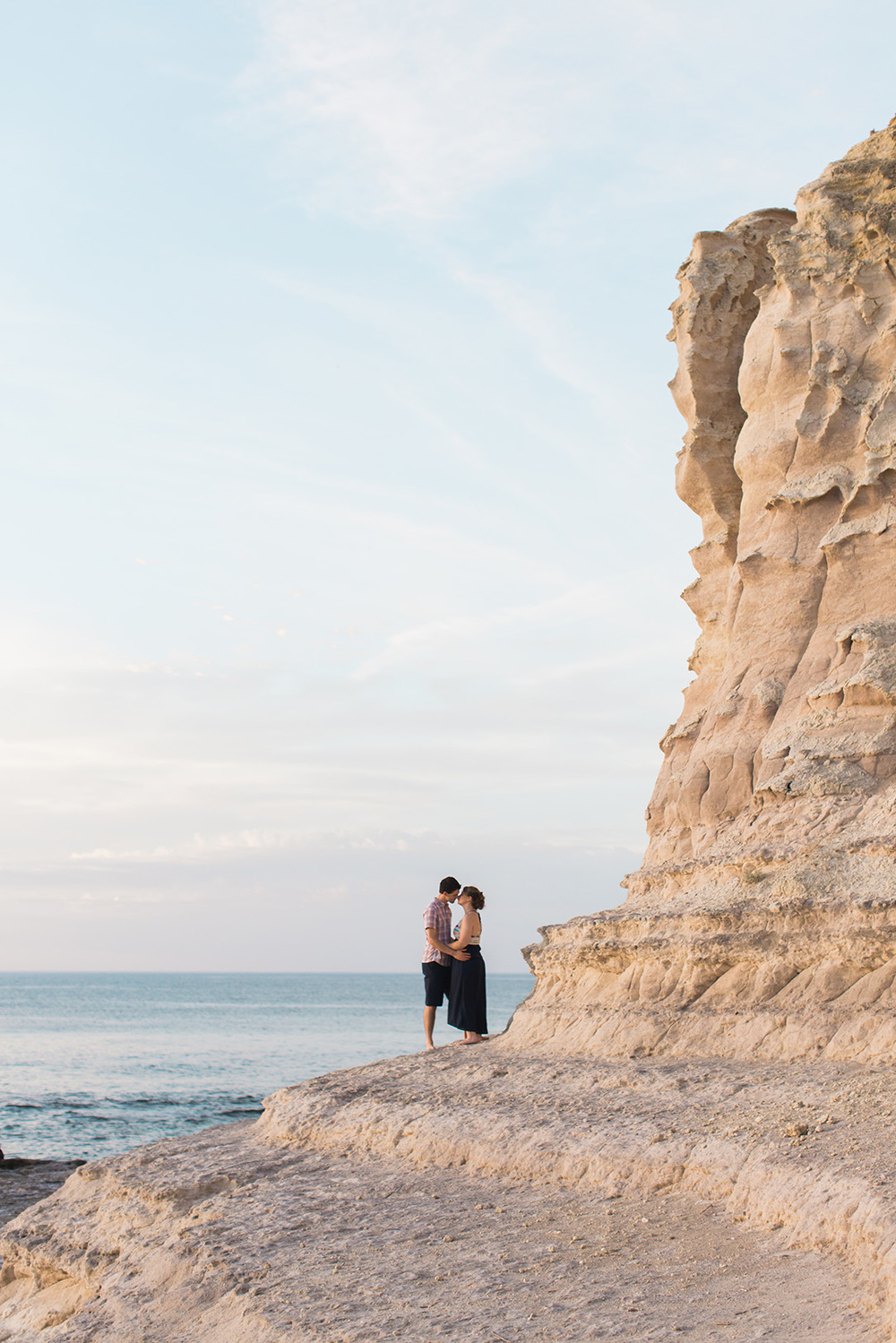 Cute and Fun Beach Engagement Portraits 006.jpg