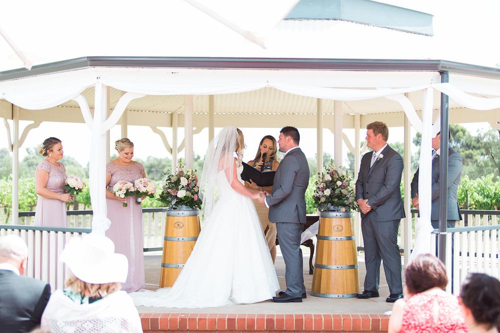 Relaxed Willunga Wedding 016.jpg