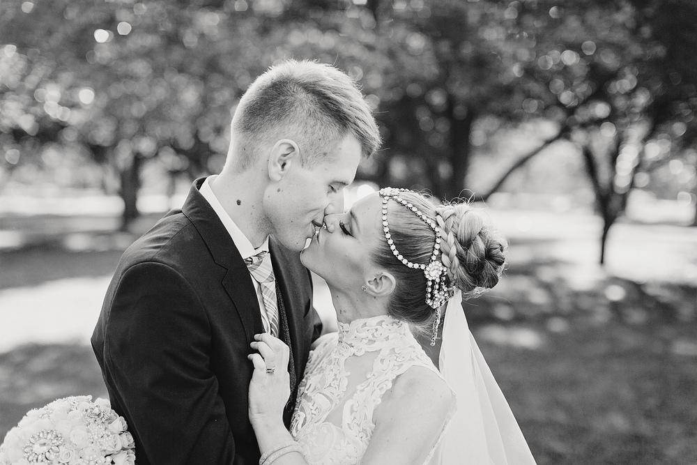 Adelaide Garden Wedding 56.jpg
