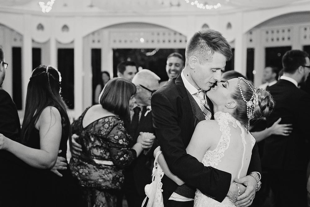 Adelaide Garden Wedding 73.jpg