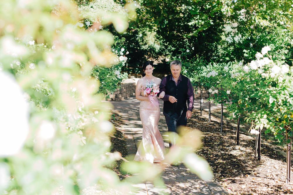 Garden Picnic Wedding 42.jpg