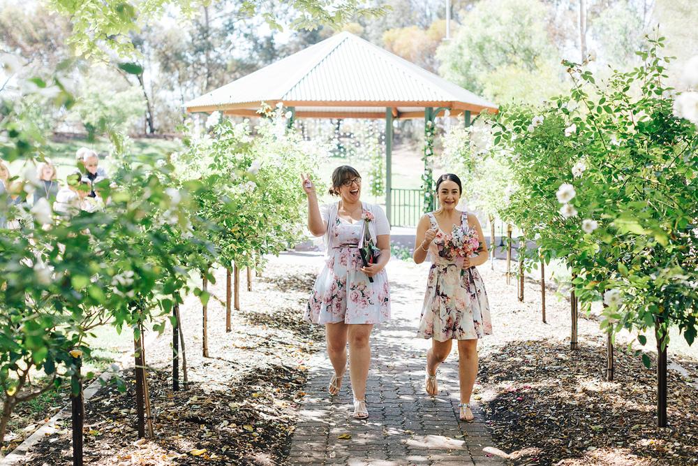 Garden Picnic Wedding 55.jpg