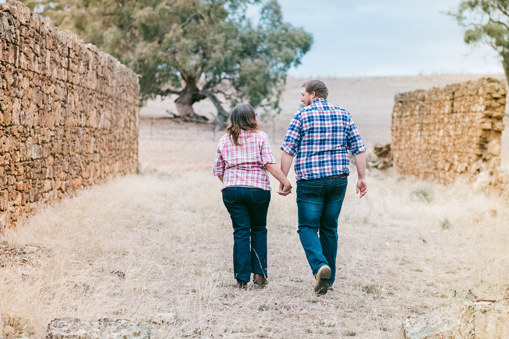 Spalding Outback Maternity Portraits Session 10.jpg