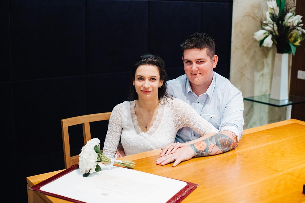 little-adelaide-registry-wedding-05.jpg