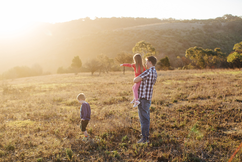 hazy-sunset-family-portrait-session 15.jpg