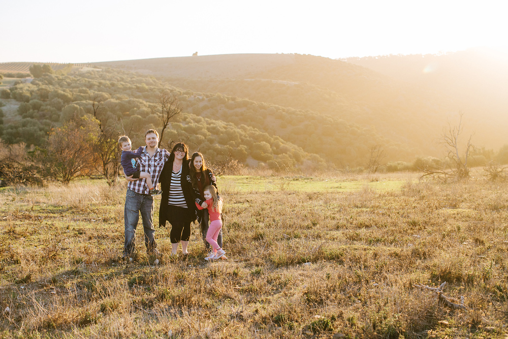 hazy-sunset-family-portrait-session 16.jpg