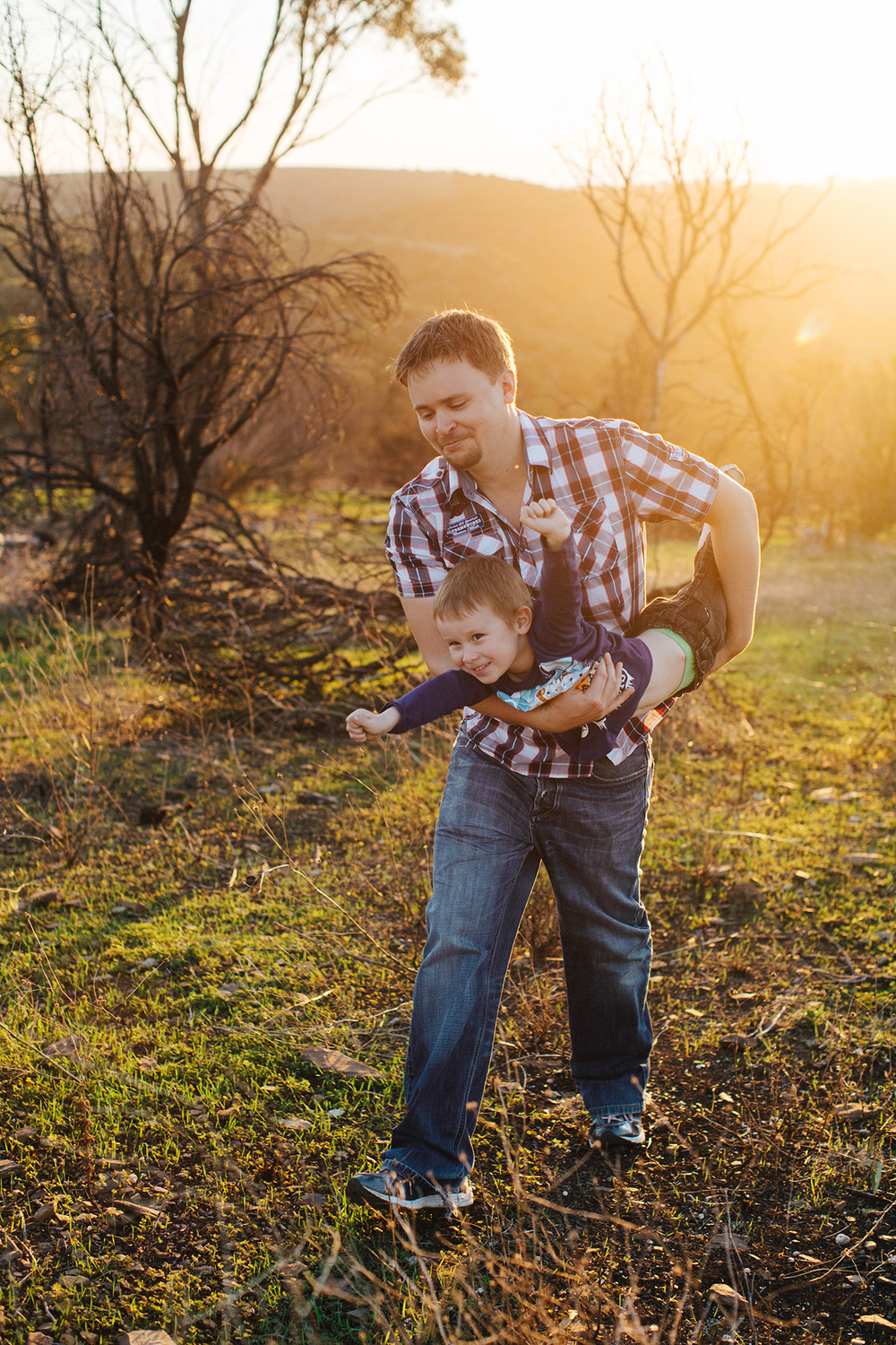 hazy-sunset-family-portrait-session 20.jpg