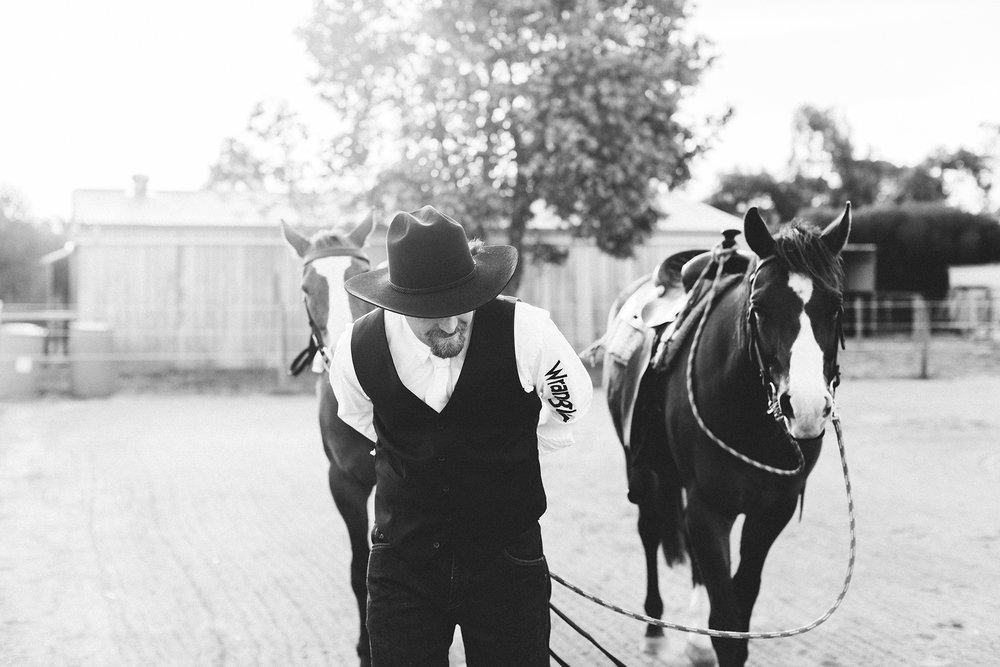Bridal Portraits Horses 011.jpg