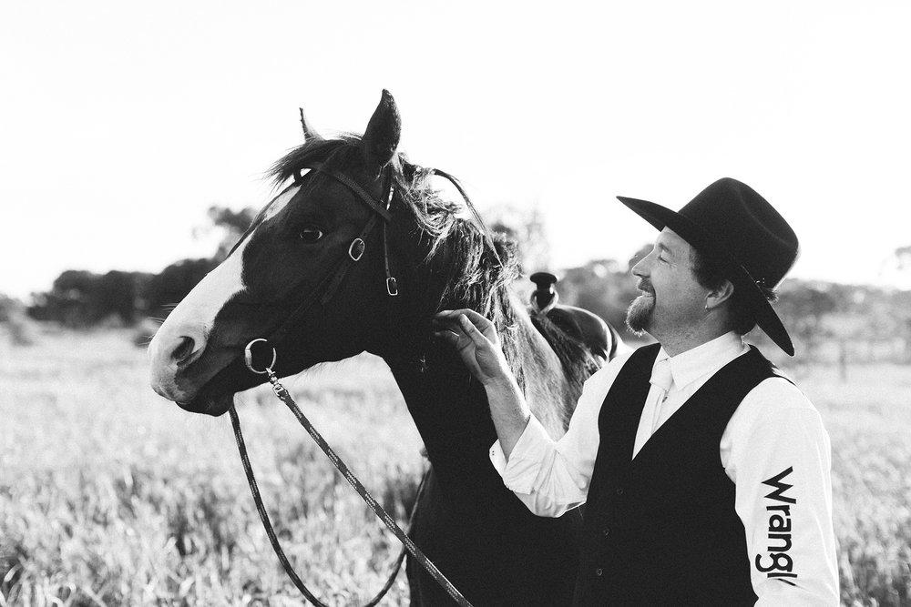 Bridal Portraits Horses 025.jpg