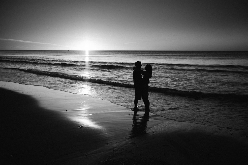 Beach sunset engagement photos willunga 041.jpg