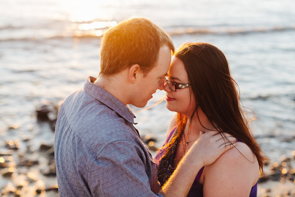 warm-sunset-engagement-session-14.jpg