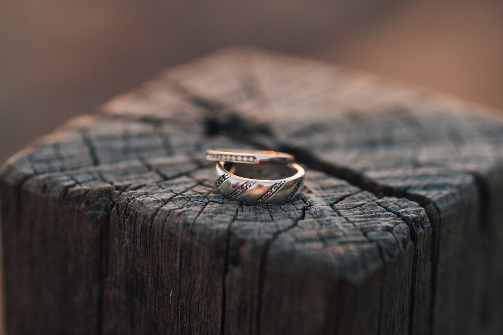 warm-sunset-engagement-session-17.jpg