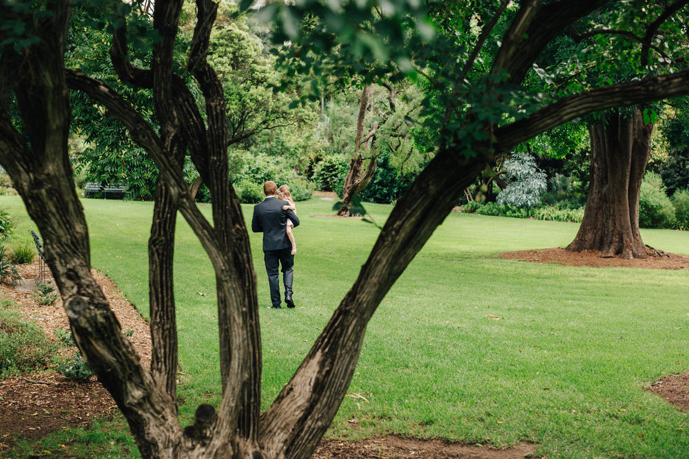 Adelaide Botanic Garden Elopement 001.jpg