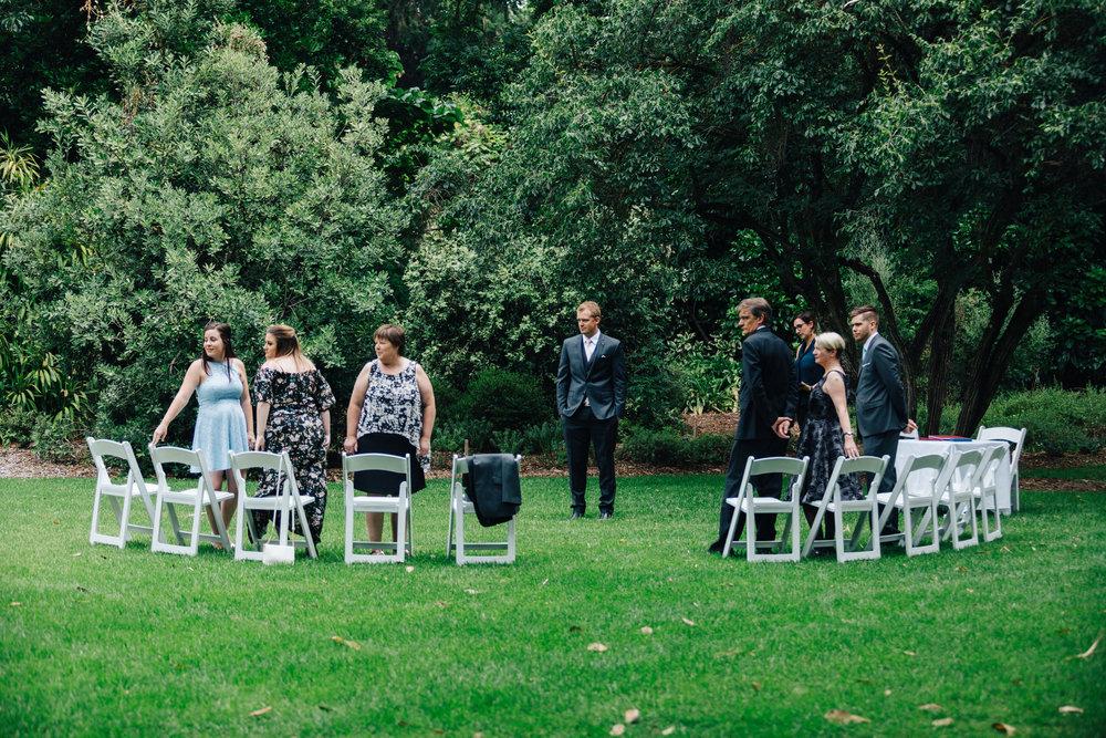 Adelaide Botanic Garden Elopement 009.jpg