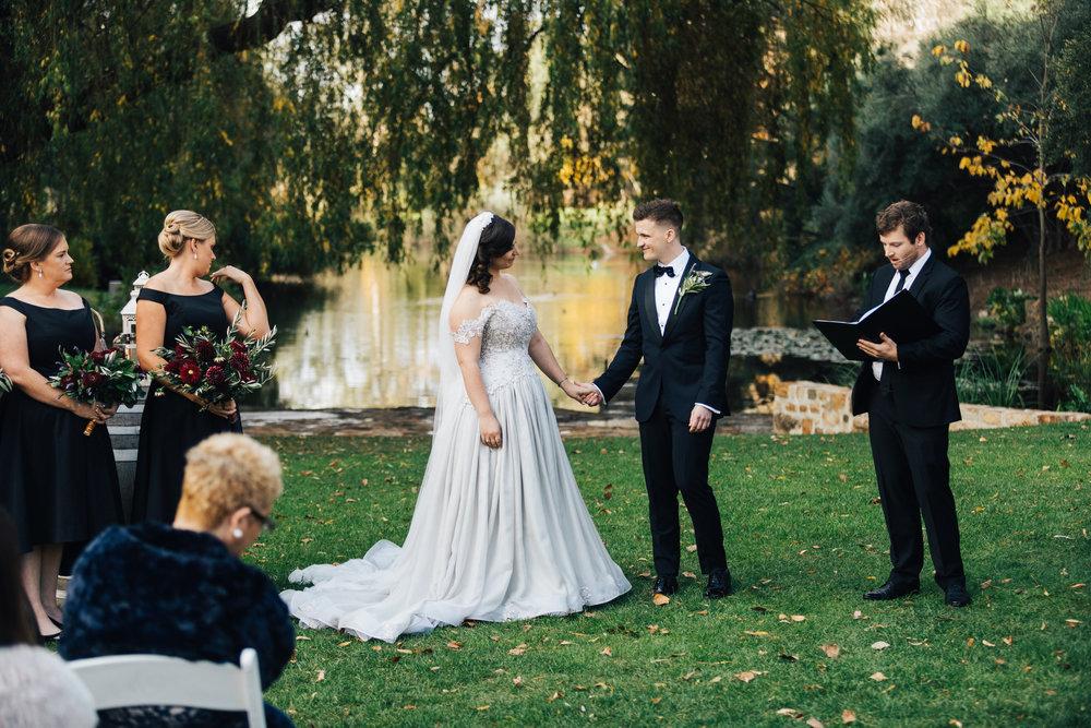 autumn wedding glen ewin estate 035.jpg