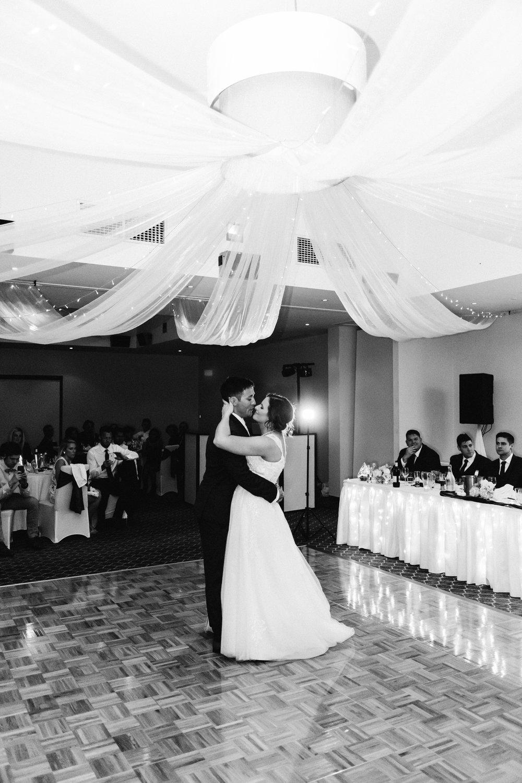 Carrick Hill Adelaide Wedding 129.jpg