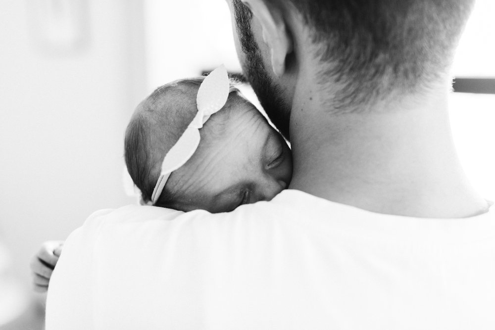 very natural newborn family photography adelaide 022.jpg