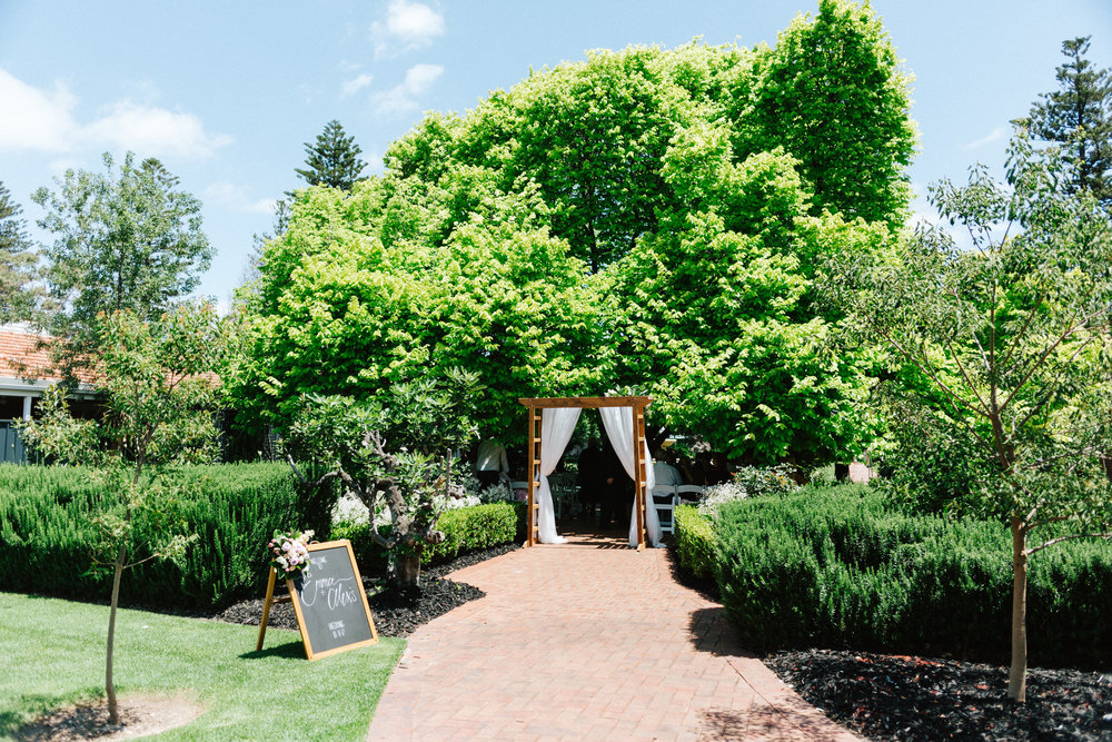 Glenelg Wedding 017.jpg