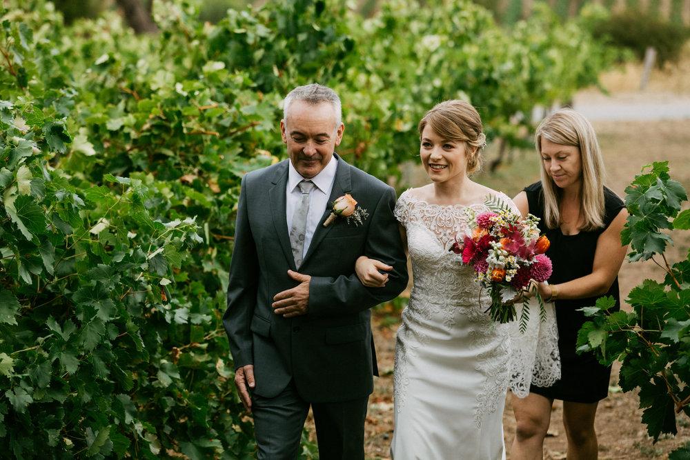 Beach Road Winery Wedding 045.jpg