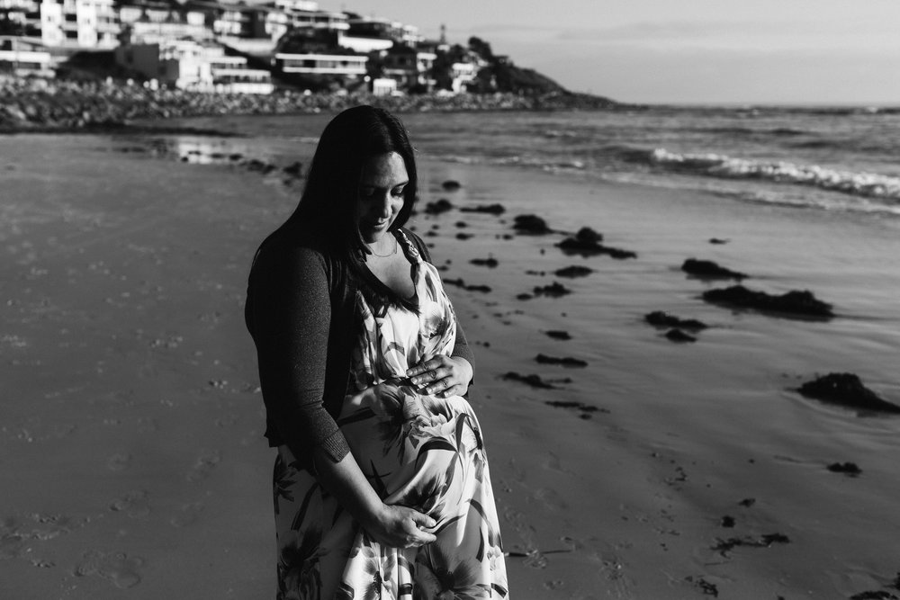 Beach Natural Maternity Portrait Session 022.jpg