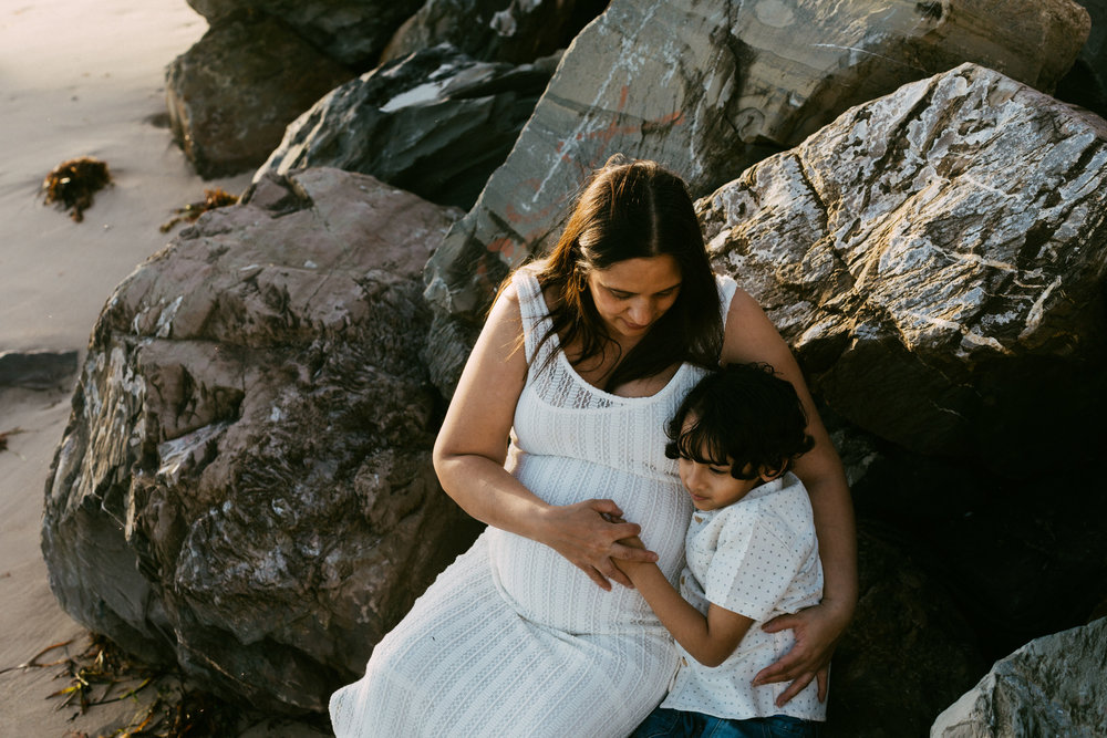 Beach Natural Maternity Portrait Session 029.jpg