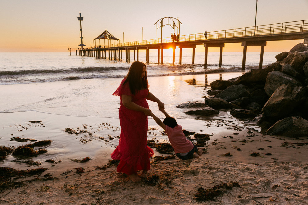 Beach Natural Maternity Portrait Session 055.jpg
