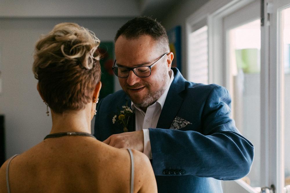 beautiful same sex beach wedding 019.jpg