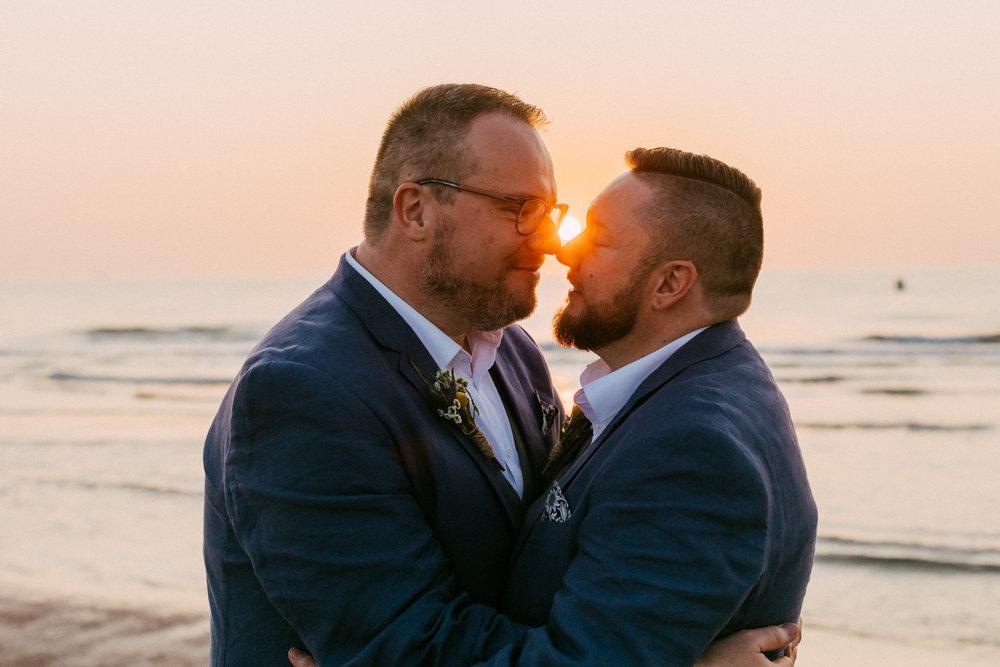 beautiful same sex beach wedding 163.jpg