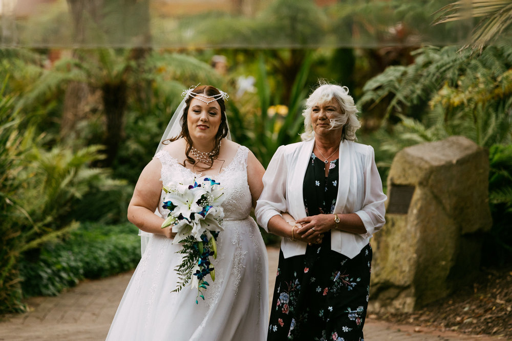 Adelaide Zoo Wedding in the Rain 034.jpg